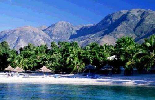 Haiti-beach -déforestation.jpg