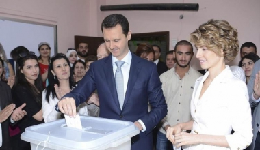 650127-syria-s-president-bashar-al-assad-and-his-wife-asma-cast-their-votes-in-the-country-s-presidential-e.jpg
