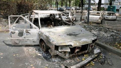 Grenoble voitures épaves.jpg