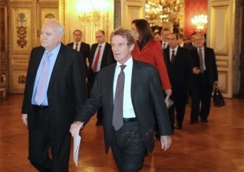 Chefs de la diplomatie européenne à Paris 30 déc.08.jpg