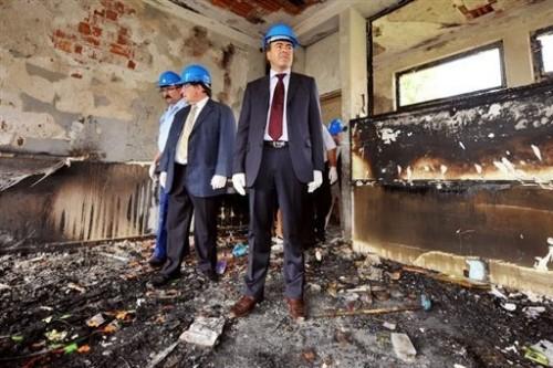 Ecole incendiée Surbourg.jpg