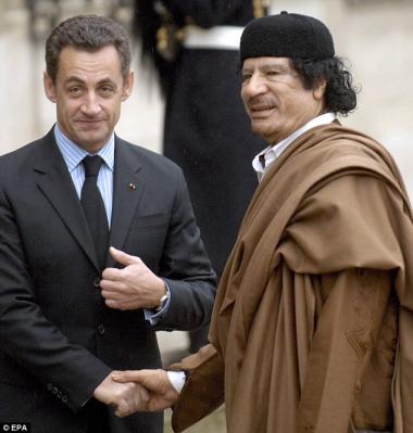 sans-titre.png Sarkozy Kadhafi.png