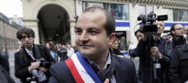 le-maire-de-frejus-david-rachline-fn-le-1er-mai-2014-a-paris_5089602.jpg