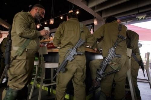 Israel Réservistes à Yad Mordechaï 12 janv.jpg