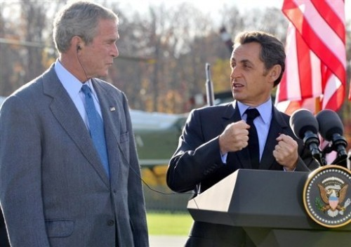 Bush et sarkozy à camp david, 18 oct.jpg