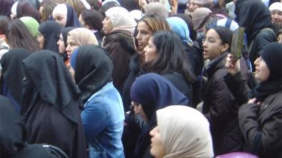 manif-paris-2006.jpg foulard islamique.jpg