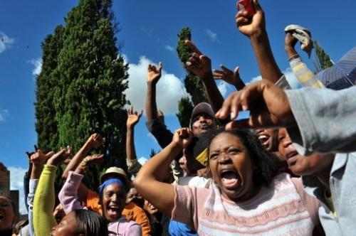 Afrique Sud noirs chantent hero hero.jpg