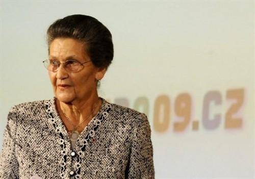 Simone Veil à Prague.jpg
