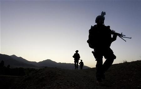 2011-06-01T165042Z_01_APAE7501ACU00_RTROPTP_2_OFRTP-AFGHANISTAN-FRANCE-MORT-20110601.jpg