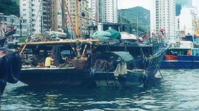 Boat-people-in-Aberdeen.jpg Hong-Kong.jpg