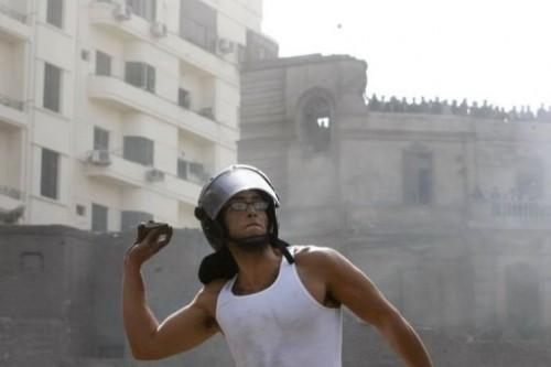 jeune manifestant au Caire.jpg