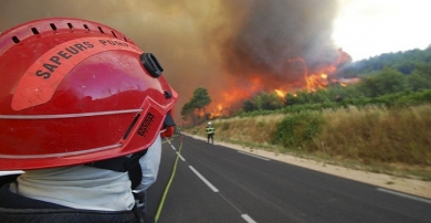 72119053tt.jpg incendies gard.jpg