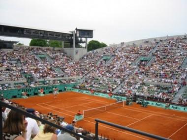Roland_Garros_Hommen-500x375.jpg Court.jpg