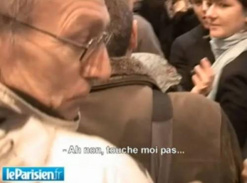Homme insulté par s. Casse-toi, pvre con!.jpg