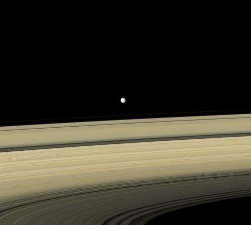 Anneaux-Mimas.jpg