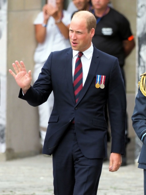 la-prince-william-duc-cambridge-lors-commemoration-centenaire-bataille-damiens_width1024.jpg