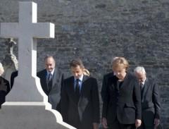 Mémorial Sarkozy et Merkel, chirac.jpg