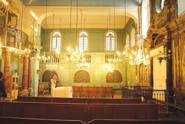 Carpentras_synagogue_02.jpg