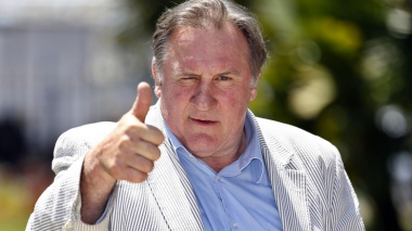 slider_depardieu_5169_jpeg_north_740x_white.jpg