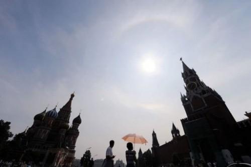 Pluies sur Moscou et arc-en-ciel.jpg