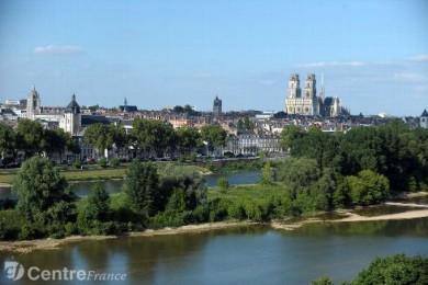 cathedrale-orleans_1207497.jpg Loire.jpg