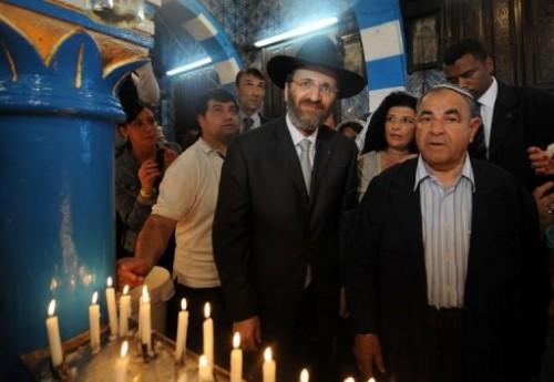 Juifs en pélerinage à Djarba.jpg