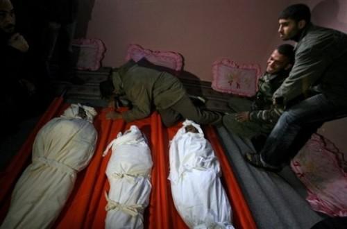 Gaza enfants morts momies.jpg