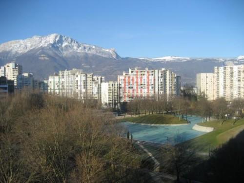 Villeneuve Grenoble.jpg