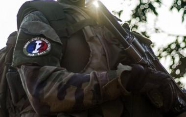 3500581_insigne-nazi.jpg