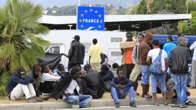 596d01a2488c7b5a178b4568.jpg Migrants Nice.jpg