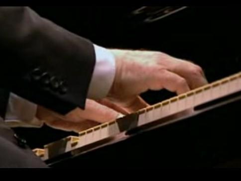 PIANO mains A.Brendel.JPG