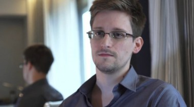 edward-snowden-the-us-is-hacking-everyone-everywhere-2.jpg Snowden.jpg