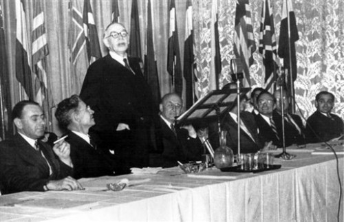 Bretton Woods Juillet 1944.jpg