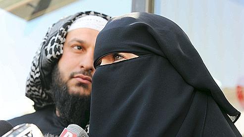 Niqab - homme et femme.jpg
